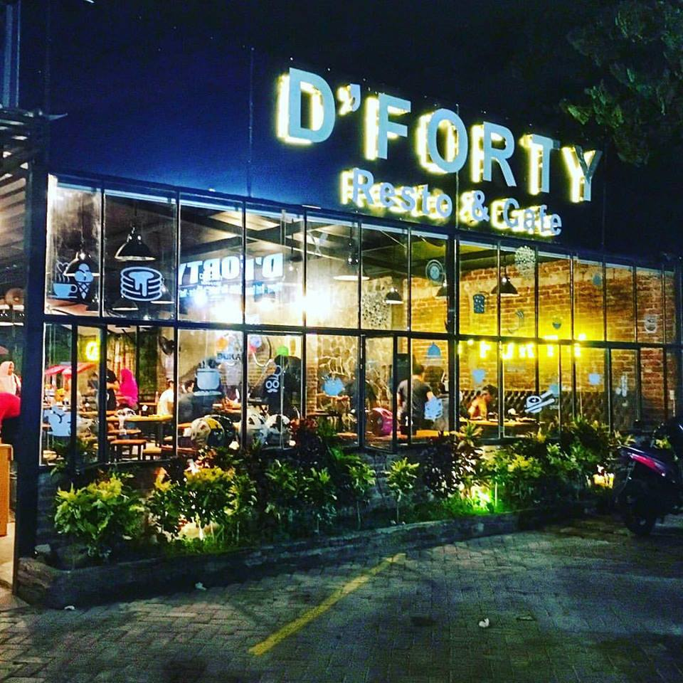D'Forty Resto And Cafe